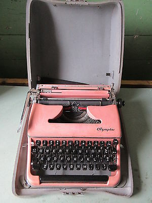 Old Vintage Olympia Pink Salmon Color Typewriter w/Case