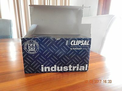 Clipsal 56C532 Switched Socket Outlet