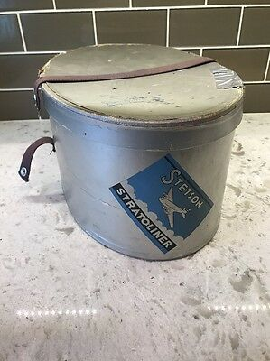 Vintage Stetson Stratoliner Silver Box In Good Condition