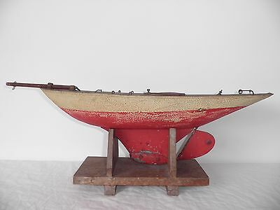 1920/30's Pond yacht model sailing boat hull for restoration or display