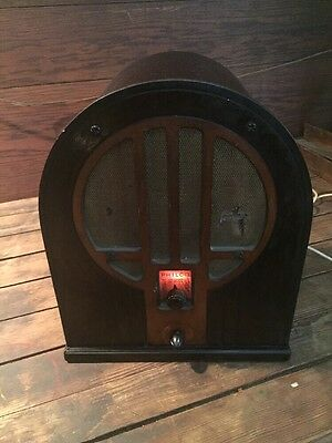 Vintage Philco Tube Radio 1930's