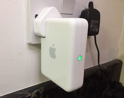 Apple AirPort Express A1264 Wi-Fi Base Station AirPlay Optical Audio