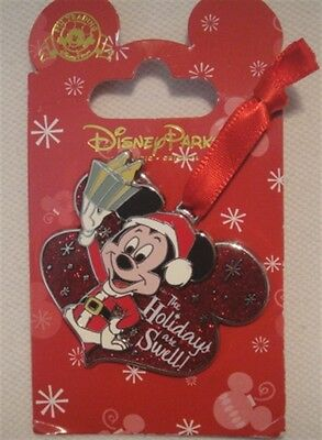 """Disney Mickey """"The Holiday's are Swell!"""" Pin #105755 New on Card"""