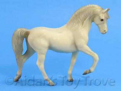 Breyer Horse Alabaster Morgan Stallion 5016 - Stablemates G1 Old Plastic