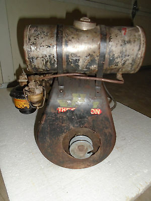 Vintage 40s Clinton 700A 1-1/2HP Engine All Original Complete Fast Free Shipping