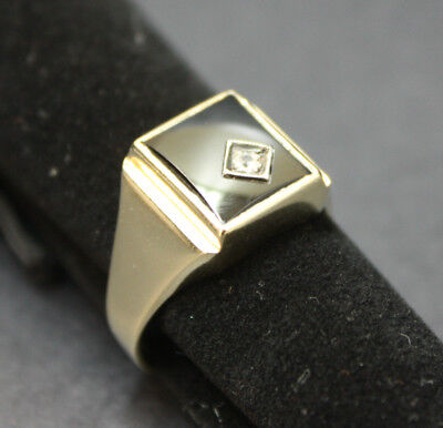 Men's 9K Solid Yellow Gold Ring with Square Black Stone and 1 CZ 7.8 Grams