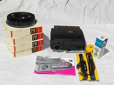 Kodak Pocket 300 Carousel 110 Slide Projector with Wired Remote