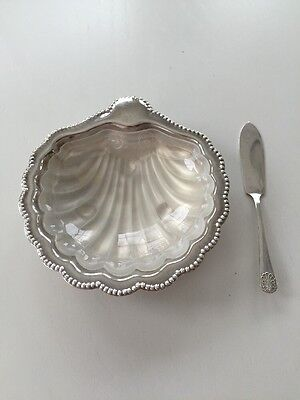 Vintage English Silverplate And Glass Scallop Shell Butter Dish, Knife And Box