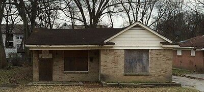 Investment Property 4 bedroom 2 bath House Memphis