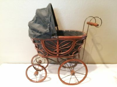 Antique Vintage Wicker Rattan Baby Doll Pram Carriage Buggy
