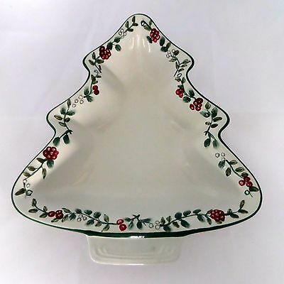 Pfaltzgraff Winterberry Sculpted Handpainted Christmas Tree Bowl Holly & Berries