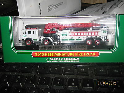 New MIB 2010 Mini Miniature Hess WHITE FIRE Truck Toy 13TH IN SERIES-FREE SHIP
