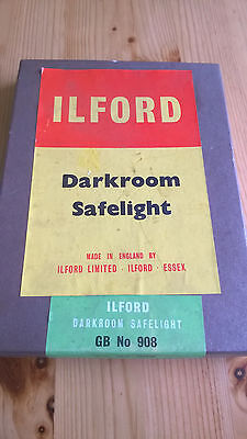 Made in England Ilford Darkroom Safelight GB No 908