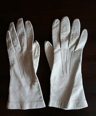 Vintage women's white leather gloves size 6 1/2