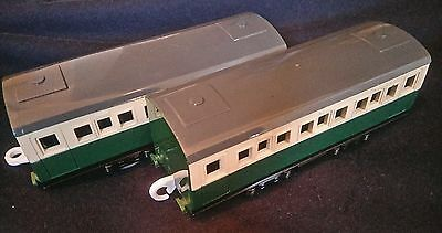 Thomas the tank engine and Friends Trackmaster 2 x GORDONS EXPRESS coaches coach