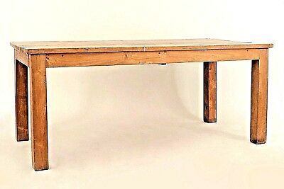 American Country Rustic Style (20th Cent.) Chestnut Colored Dining Table