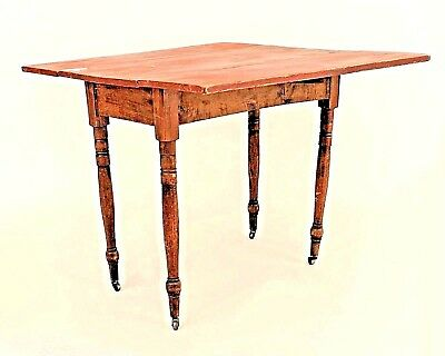 American Country Rustic Style (19th Cent.) Pine Drop Leaf Dining Table