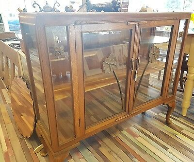1930s Arts and Crafts oak display cabinet