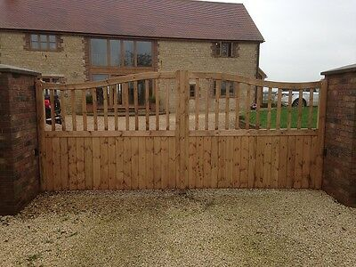 Beautiful Made to Measure Wooden Driveway/Garden Gates