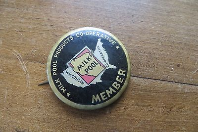 Old MILK POOL Products Cooperative Member pin back, Wisconsin, dairy