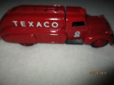ERTL Texaco '39 Dodge Airflow Replica  Collector Series #10 bank