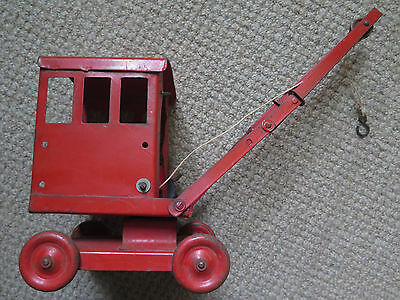 TRIANG TIN TOY CRANE in VERY GOOD CONDITION c1950s
