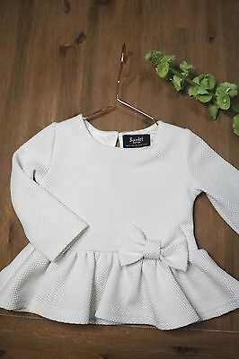 HC Boutique 1-Bardot Junior baby girl long sleeve size US 9- 12 months