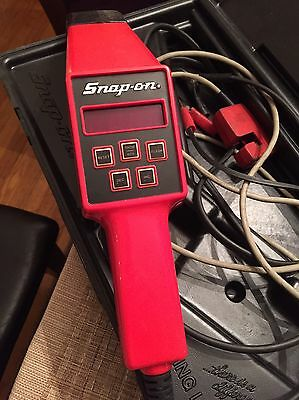 Snap-On Computerized Tach/Advance Timing Light MT1261A with Case 10-16 Volt