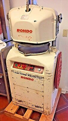 Rondo 10-25A Commercial Fully Automatic Dough Divider / Rounder