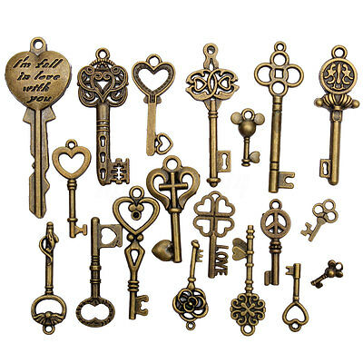 19 Assorted Antique Vintage Old Look Skeleton Keys Bronze Steampunk Pendants
