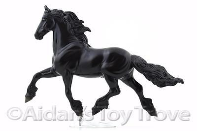 Breyer 702 Goffert 369 - Traditional Horse - Retired Dressage Champion Friesian