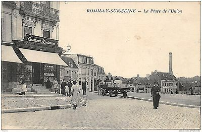 10-Romilly Sur Seine-La Place De L Union-N°R2040-G/0193