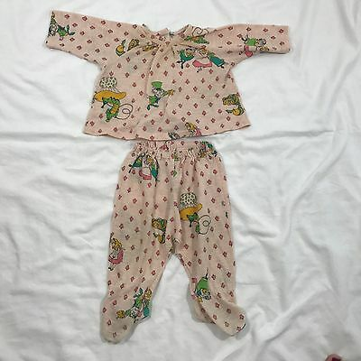 Vintage Alice and Wonderland Baby Girl Pajamas Size 12 Months Long Sleeve 2 Pce