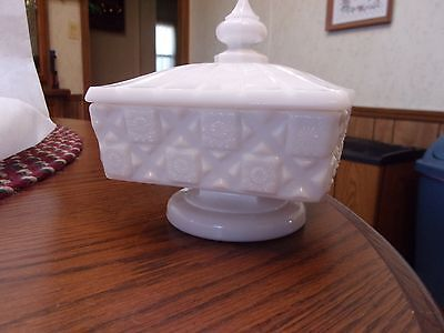 Vintage Westmoreland Milk Glass Covered Pedestal Candy Dish Quilted *MINT*