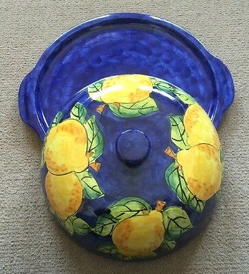 Vietri Pottery-Covered Dish With Lemon.Made/Painted by hand in Italy