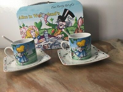 Brand New Cardew Alice In Wonderland Ceramic Tea Cup Set For 2 With Case