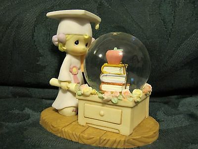 Precious Moments 7 snowglobes