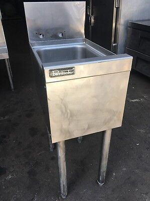 Perlick Commercial Stainless Steel Hand Washing Sink With Faucet