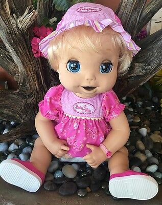 BABY ALIVE 2006 Blonde Blue Eyes, Soft Face Interactive  Doll  ENGLISH