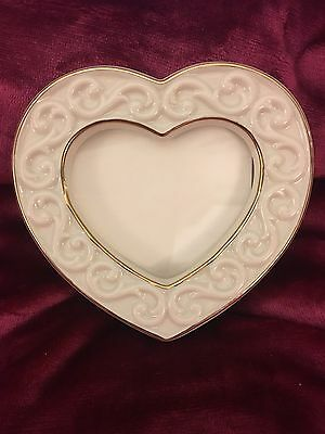 """Lenox Fine China Scroll Heart Frame 3"""" picture Gold Trim $35 Valentine's Day"""