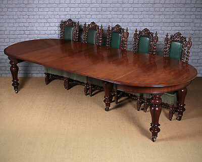 Antique 12 Seater Extending Mahogany Dining Table c.1860.