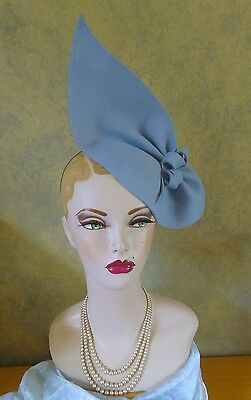 Vintage Style 1940's style, Sky Blue  felt Sculptured hat Can Be Worn 2 Ways