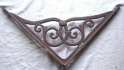 "ANTIQUE 15 3/8"" x 15 7/8"" CAST IRON ORNATE DECORATIVE CORNER BRACE BRACKET"