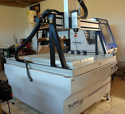 """Techno LC 4940 CNC Router. 5HP Spindle. 19"""" Z clearance. Vacuum Table.  Luthier."""
