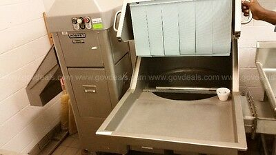Hobart Commercial Pulper, Model: WS1000, 3 Phase, 480 Volts. Nice Condition