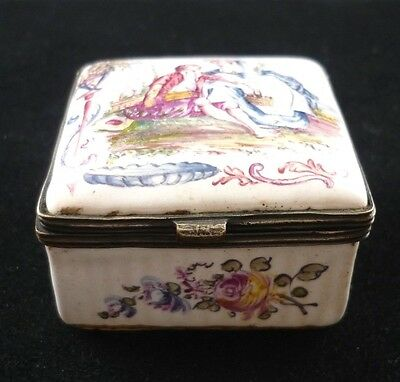 Antique Lille 19Th Century. Hinged Faince Enamel Patch / Pill Box Hand Painted
