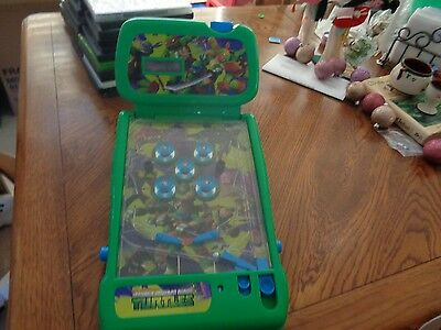 Nickelodeon TMNT Teenage Mutant Ninja Turtles Table Top PINBALL Machine Game