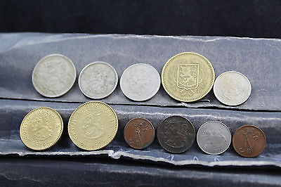 Finland 11 assorted coins   lot G 923