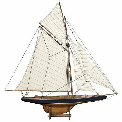 America's Cup Columbia 1901 - Handcrafted Sailing Ship Model - Small - French Fi
