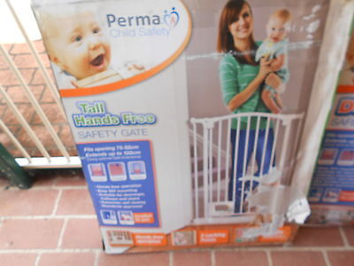 Child Or Pet Safety 80 Cm High X 74/88 Wide With 2 X 1 Mtr Extentions As New